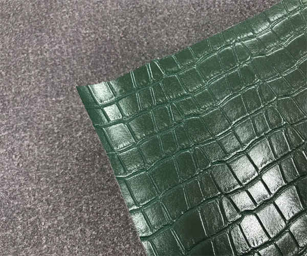 microfiber leather crocodile prints smooth surface handbags shoes leather  fashion ladies  in reasonable prices
