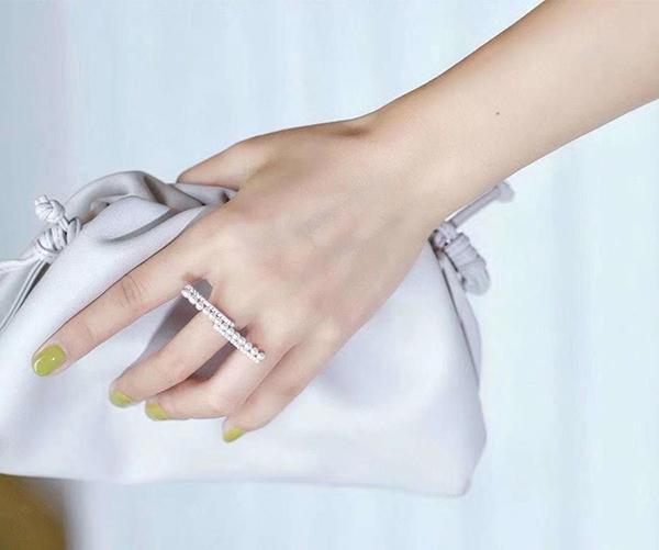 Anti-wrinkles &soft microfiber leather for handbags/wallet